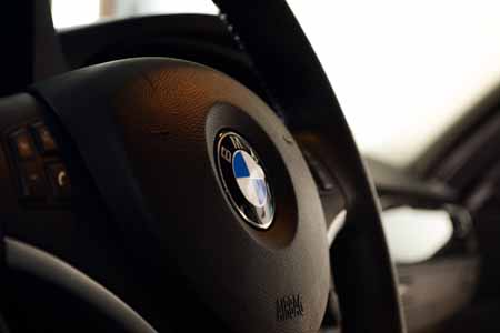 Interior - Steering wheel + BMW Emblem